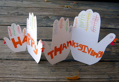 3 Simple Thanksgiving Crafts For Toddlers
