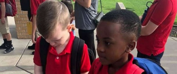 2nd Grader Befriends Classmate With Autism On 1st Day Of School