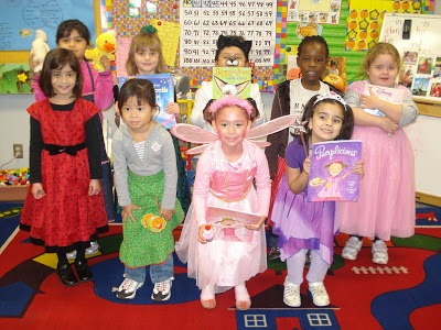 Mrs  Hendrix's Kindergarten Class  Storybook Character Day