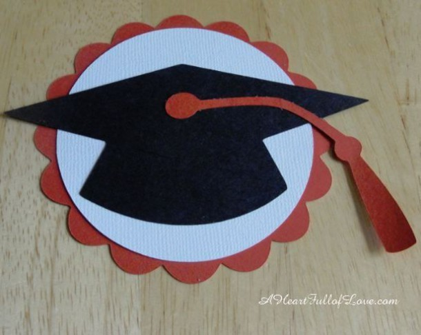Paper Rosettes Tutorial ~ Make Graduation Decorations To Wow Your